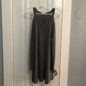 Cut shoulder flow dress